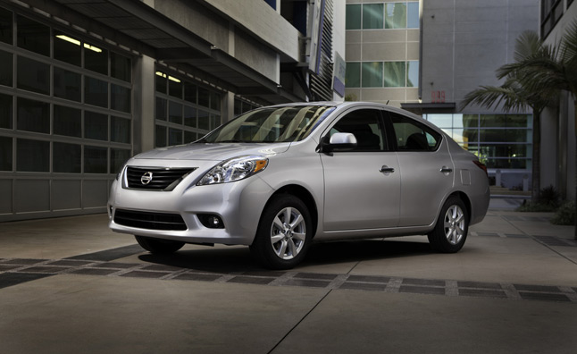 Nissan Altima Vs Maxima >> 2013 Nissan Versa Sedan Gets Three Transmission Choices, Up to 40 MPG » AutoGuide.com News