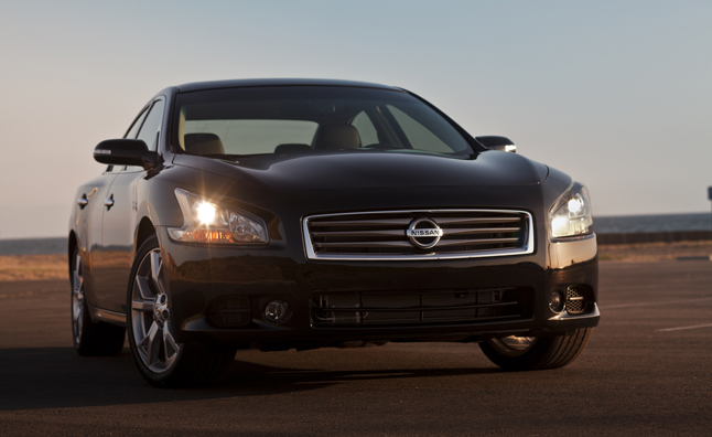 2013 nissan maxima pricing released starts at 32 780 news. Black Bedroom Furniture Sets. Home Design Ideas
