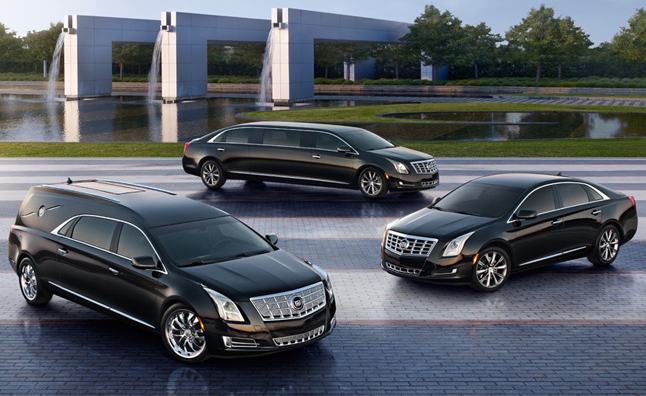 2015 town car cadillac xts gets hearse limo and livery packages autoguide