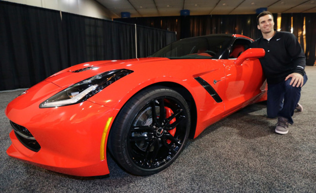 2014 Chevy Corvette Awarded To Super Bowl Mvp 187 Autoguide