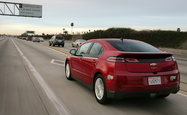 Chevy Volt Tops Prius Plug In Nissan Leaf In Green Car