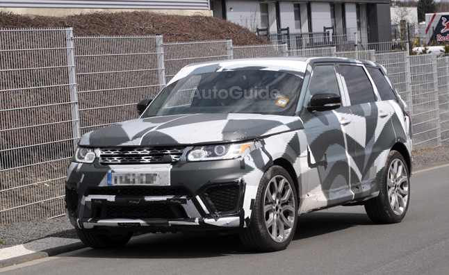 range rover sport caught testing could be rs version news. Black Bedroom Furniture Sets. Home Design Ideas