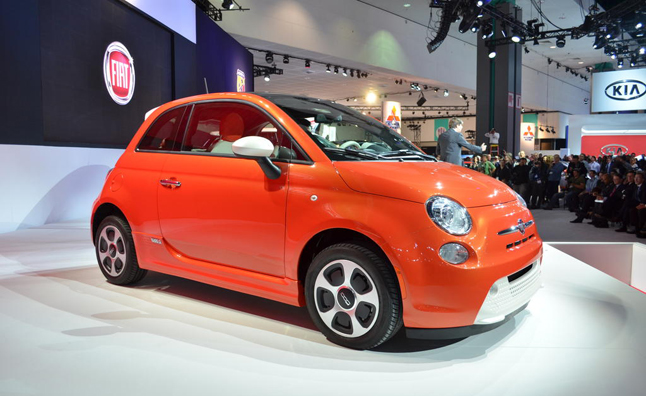Fiat 500e Priced From $32,500 or $199 Monthly Lease ...