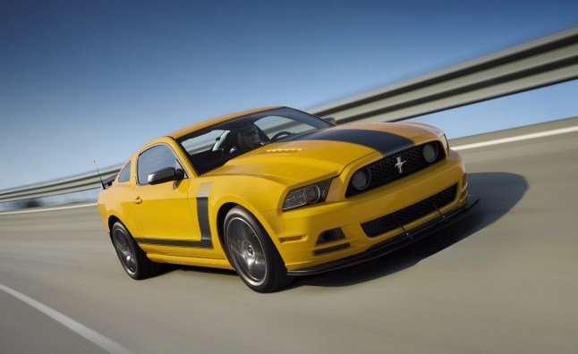 Ford-Mustang-03