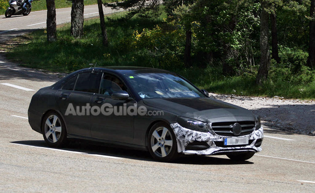2014 mercedes c class to grow in size offer more rear for Mercedes benz c class offers