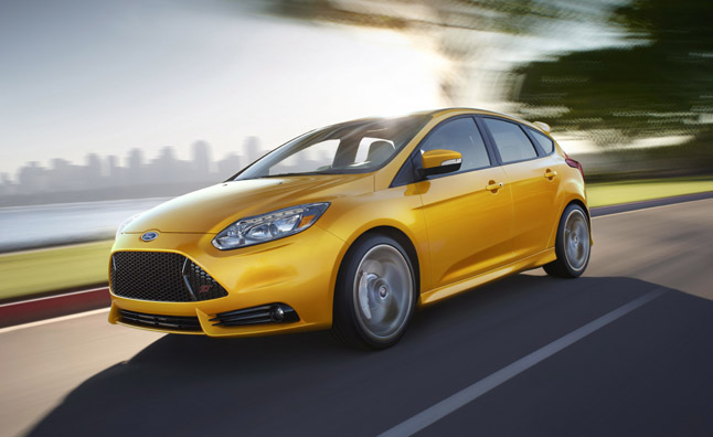 ford focus st recalled for headlight problem news. Black Bedroom Furniture Sets. Home Design Ideas