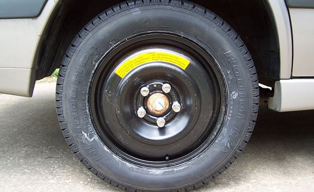 How Far Can You Drive On A Spare Tire 187 Autoguide Com News