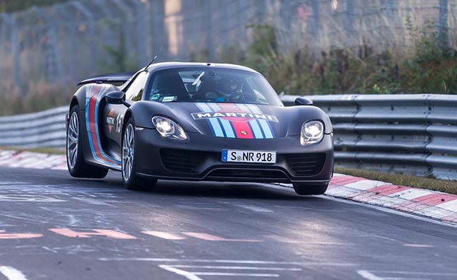 porsche 918 spyder claims 6 57 nurburgring record. Black Bedroom Furniture Sets. Home Design Ideas