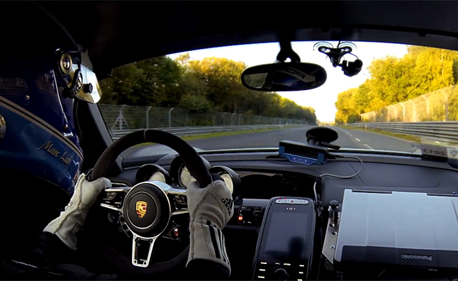 watch the porsche 918 spyder set a nurburgring record news. Black Bedroom Furniture Sets. Home Design Ideas