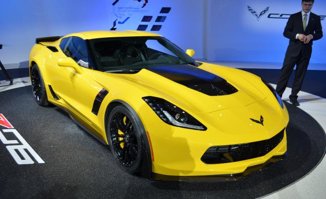 Chevrolet Corvette Z Is A Race Car For The Street - New sports cars 2015