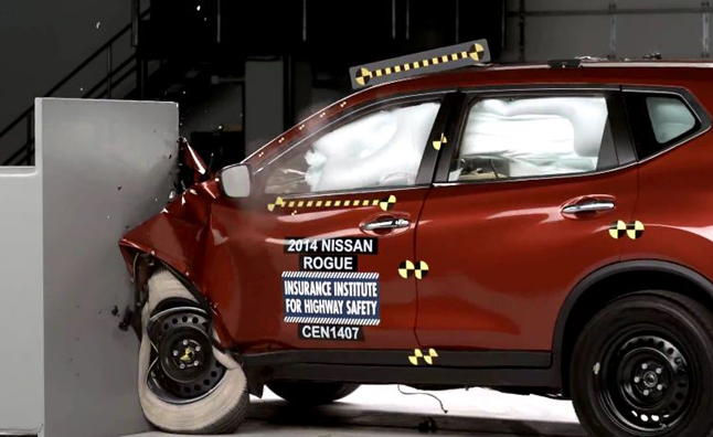 Nissan Rogue Safety Rating >> 2014 Nissan Rogue Earns Iihs Top Safety Pick Plus