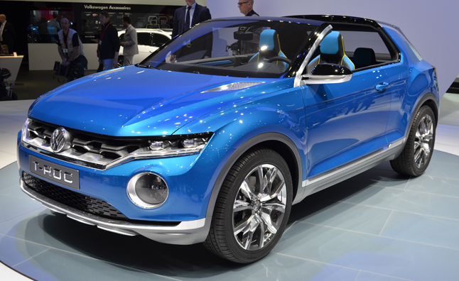 volkswagen t roc concept looks to grow vw suv lineup news. Black Bedroom Furniture Sets. Home Design Ideas