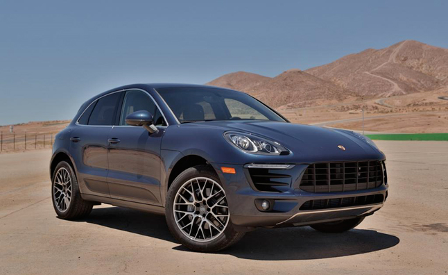porsche offers interim leases to waiting macan buyers news. Black Bedroom Furniture Sets. Home Design Ideas