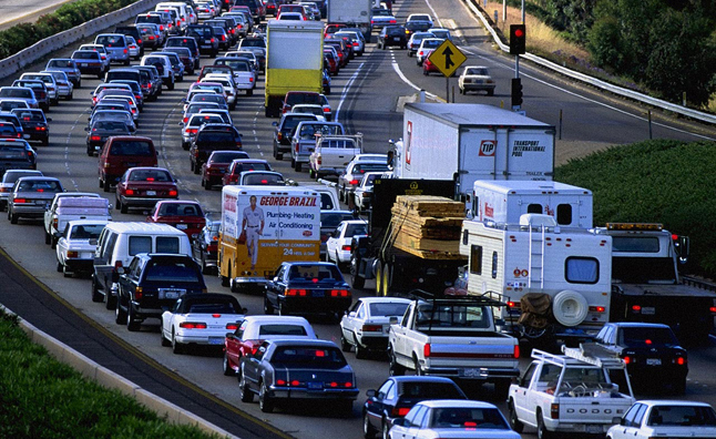 Number of Cars Operating on US Roads Hit Record High ...