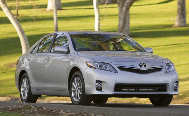 toyota camry hybrid target market The toyota camry (xv50)  toyota camry hybrid  save the toyota camry (xv50) is a mid-size car that has been produced by toyota since august 2011.