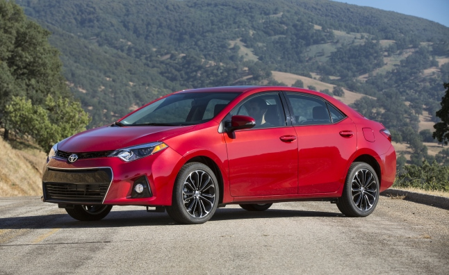All Toyotas to Come With Collision Avoidance by 2017  AutoGuide
