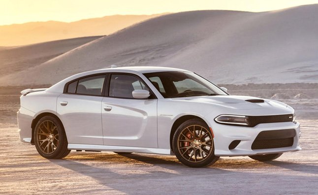 Dodge 0 60 >> Dodge Charger Srt Hellcat Rips A 2 9 0 60 Time Autoguide