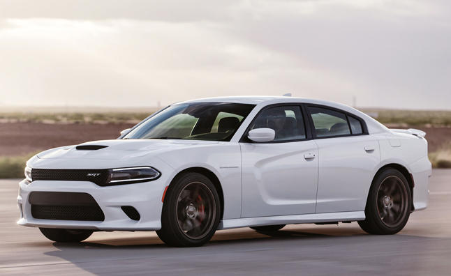 2015 Dodge Charger Srt Hellcat Priced From 64 990 Autoguide Com News