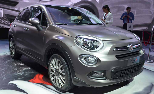 fiat 500x is a baby crossover with italian style news. Black Bedroom Furniture Sets. Home Design Ideas