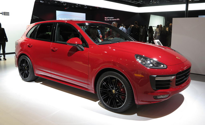 Porsche Brings Back Sporty Cayenne Gts