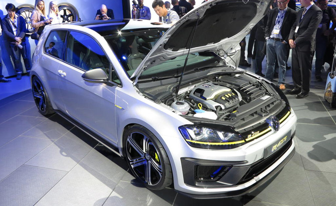 Volkswagen Golf R 400 Video First Look 187 Autoguide Com News