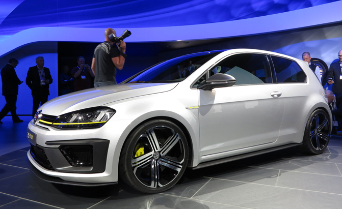 volkswagen golf r 400 concept 2014 photo 01 jpg pictures to pin on pinterest. Black Bedroom Furniture Sets. Home Design Ideas