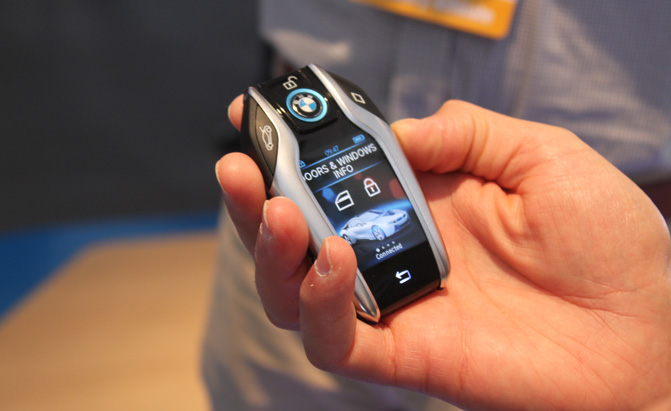 Bmw Reveals Key Fob With Display For I8 Autoguide Com News