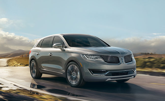 ... week at the Detroit Auto Show, the new Lincoln MKX has slipped out