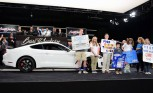 Ford Shelby GT350R Raises $1M for Charity