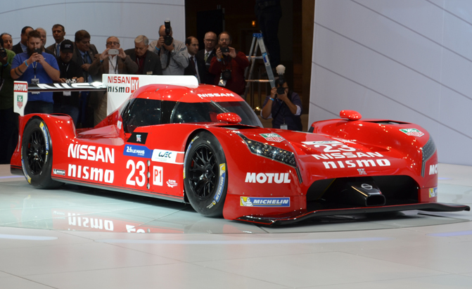 Nissan GTR LM NISMO Racecar Debuts at Chicago Show  AutoGuide