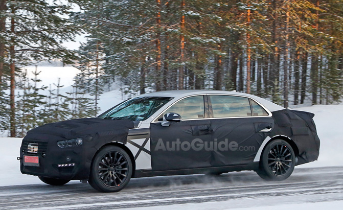 2017 Hyundai Equus Spied In The Cold