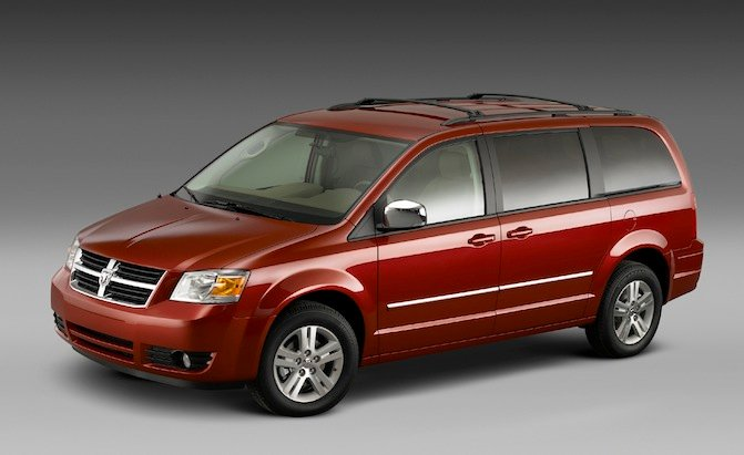 Chrysler Recalls 702k Minivans Suvs 187 Autoguide Com News