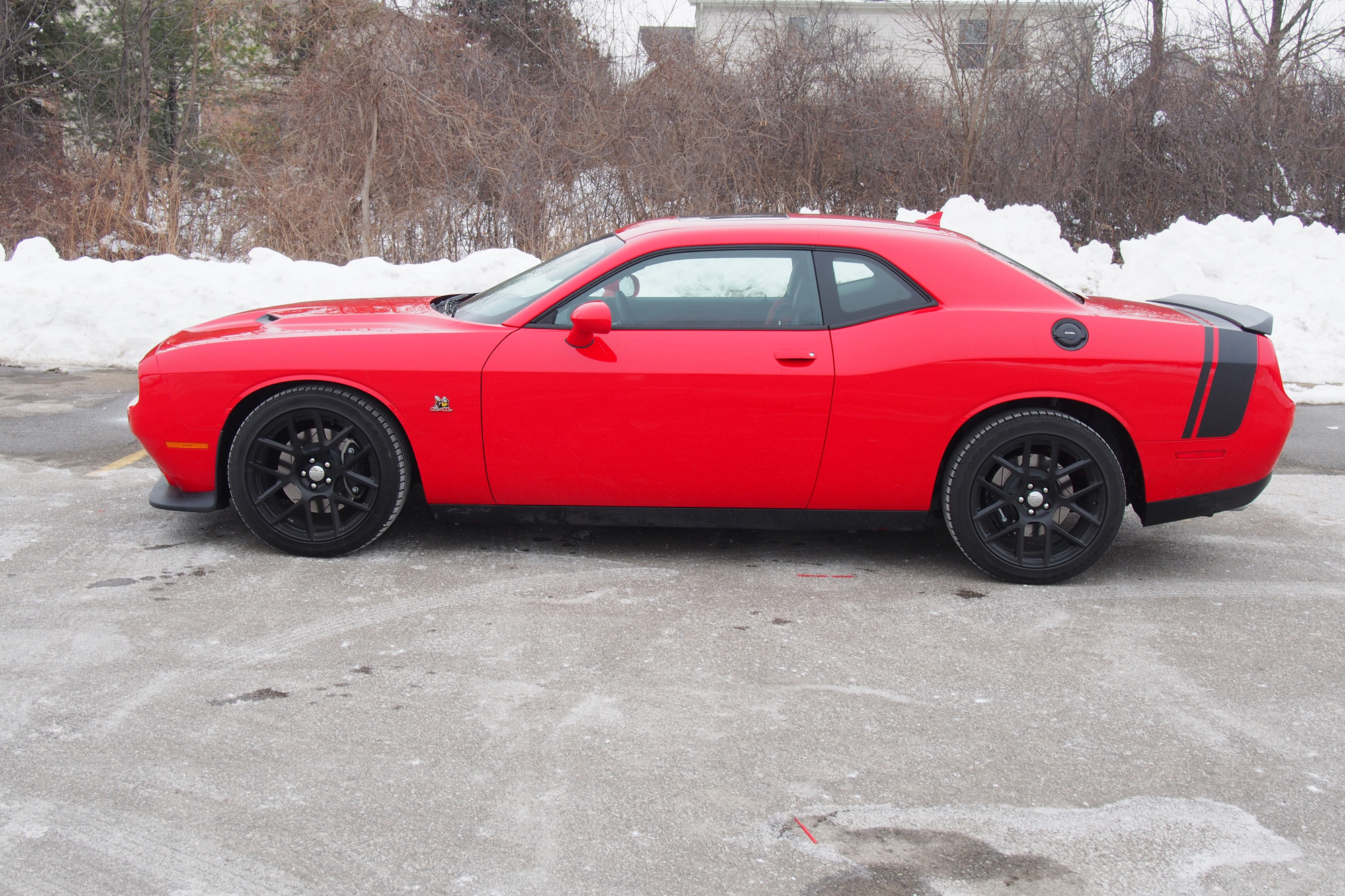 2015 dodge challenger r t scat pack review news. Black Bedroom Furniture Sets. Home Design Ideas