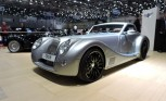 Morgan Aero 8 Looks Cruella in de Ville of Geneva