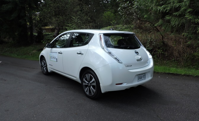 2015 kia soul ev vs 2015 nissan leaf news. Black Bedroom Furniture Sets. Home Design Ideas