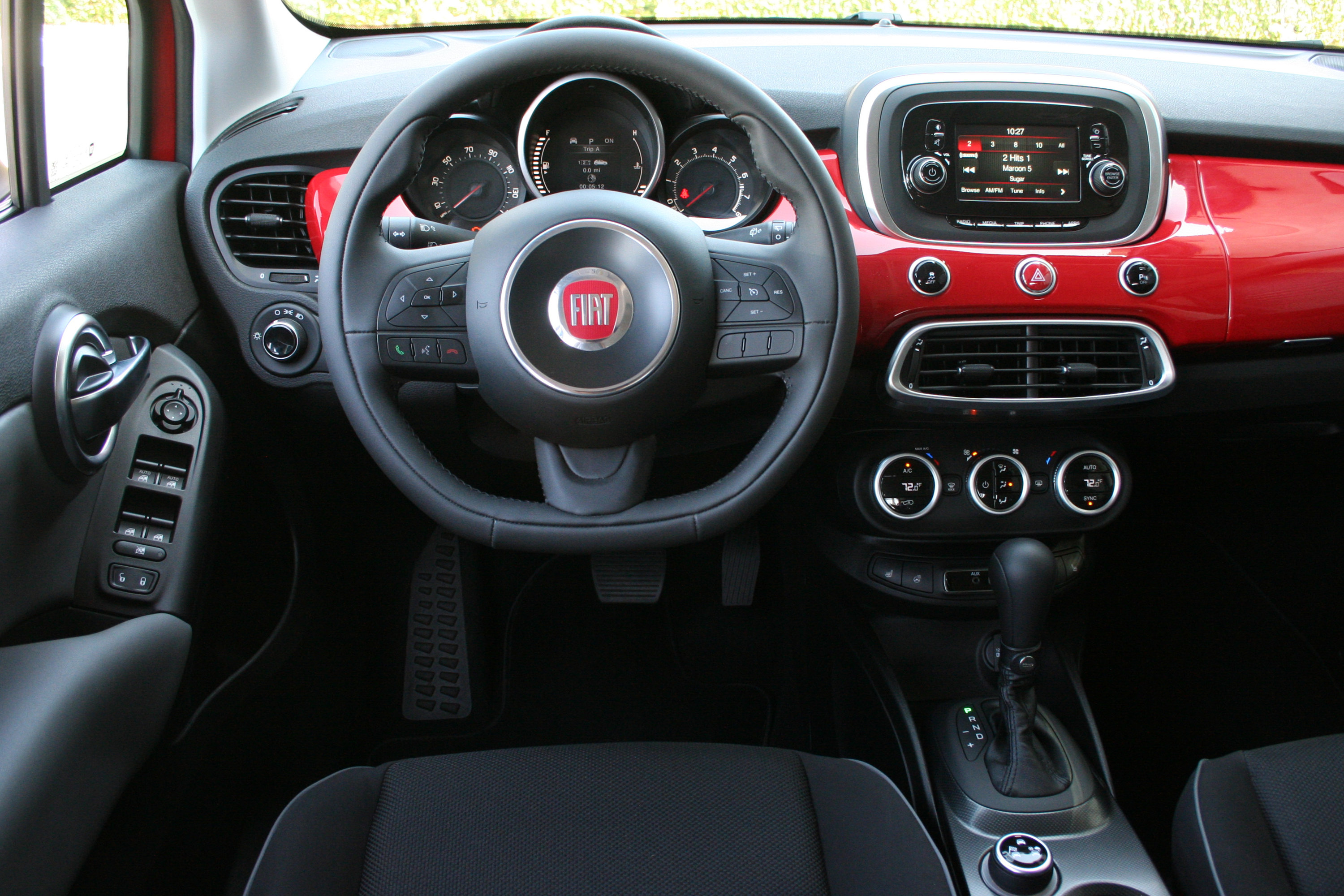 interior lounge wallpaper fiat cargo