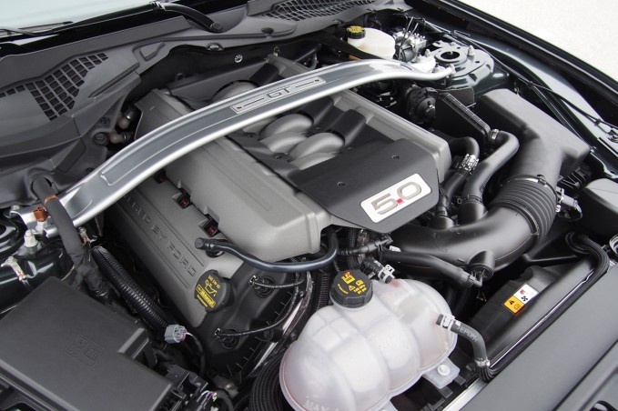 2015 Ford Mustang GT Engine 02