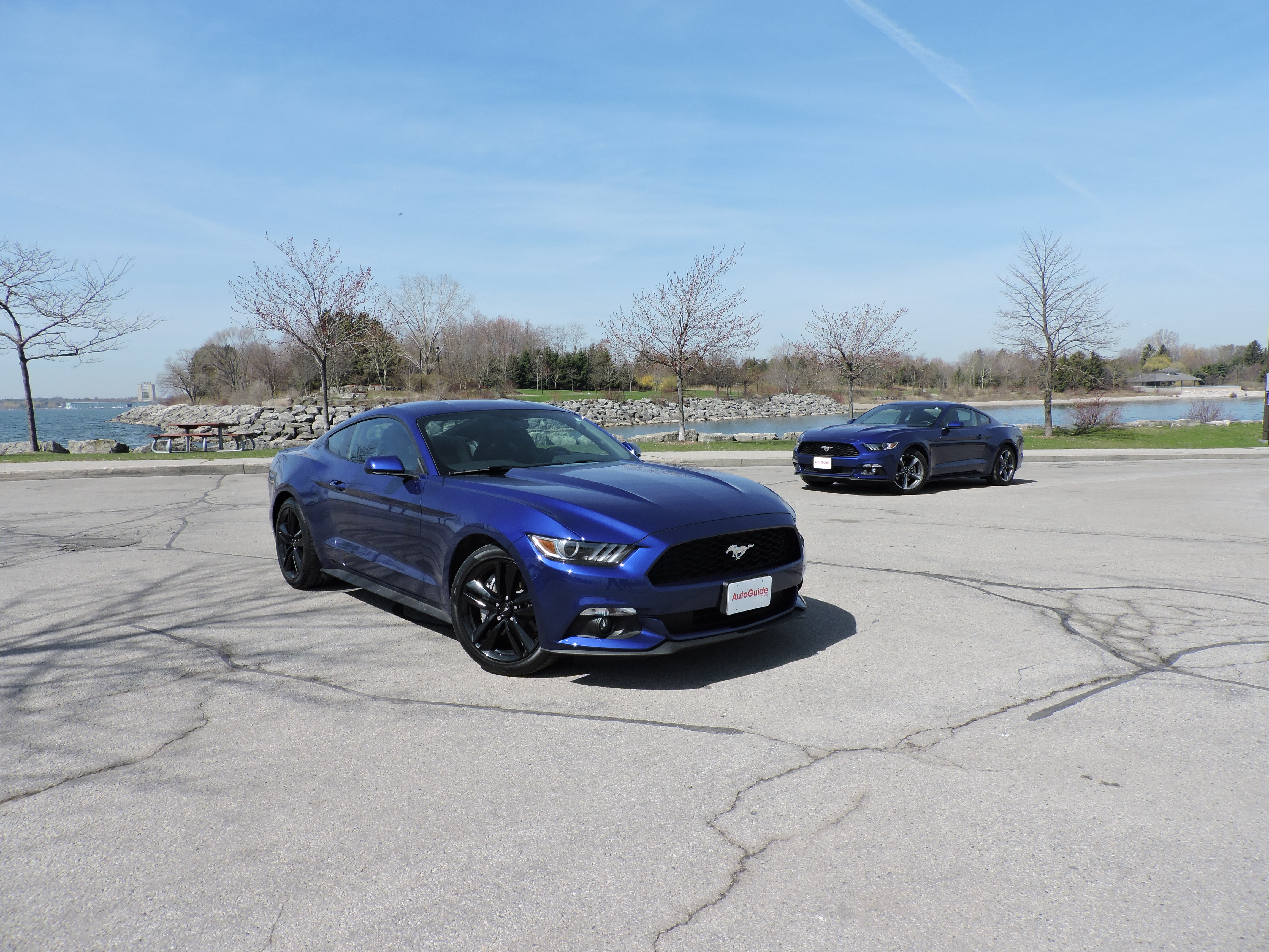 2015 ford mustang v6 vs 2015 ford mustang
