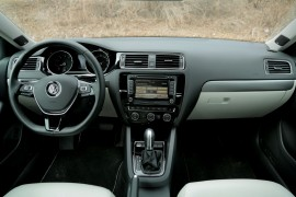 2015-VW-Jetta-Interior-2