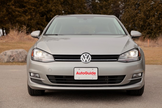 2015-vw-golf-front-profile