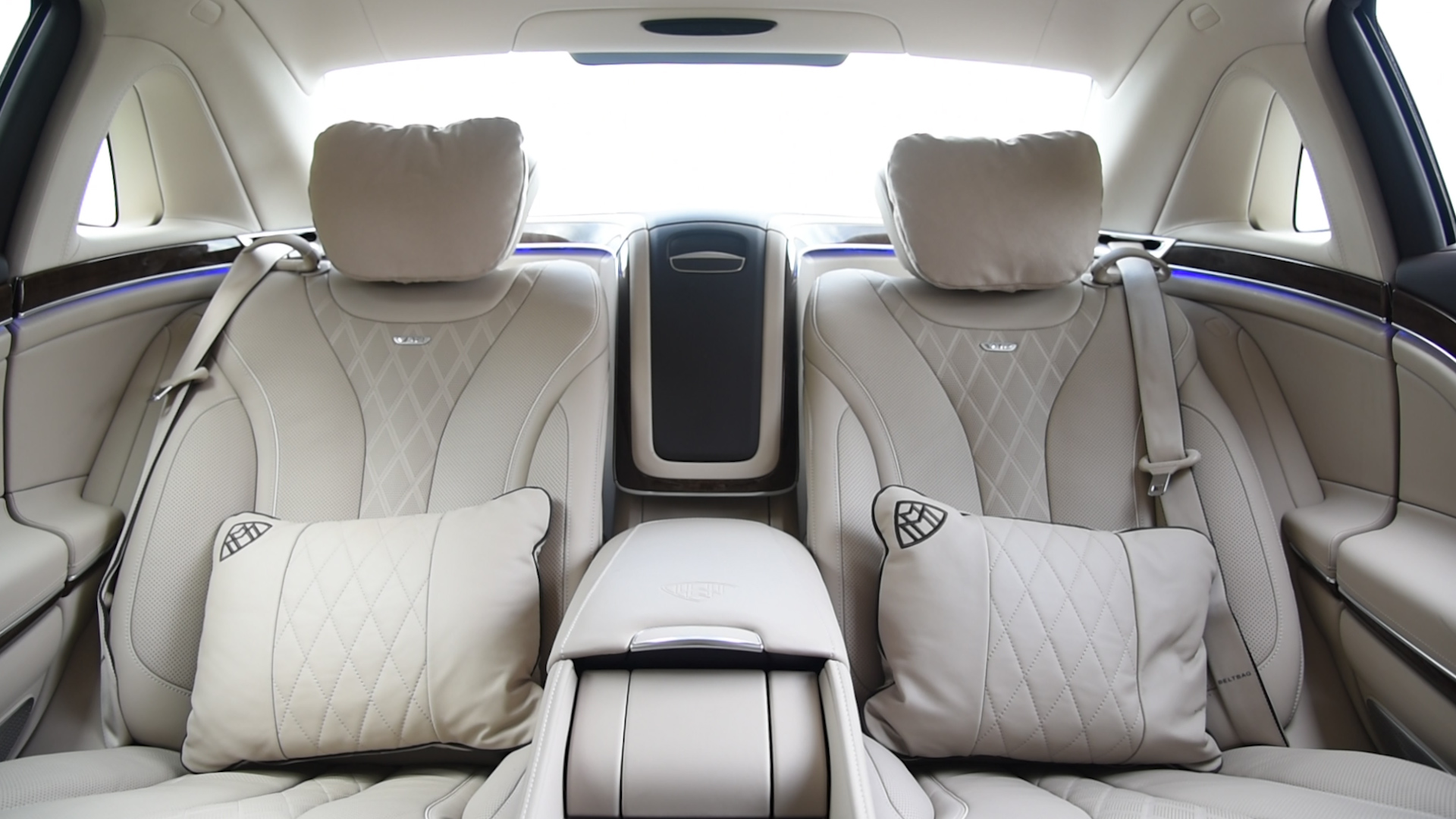 2016 mercedes maybach s600 interior 02