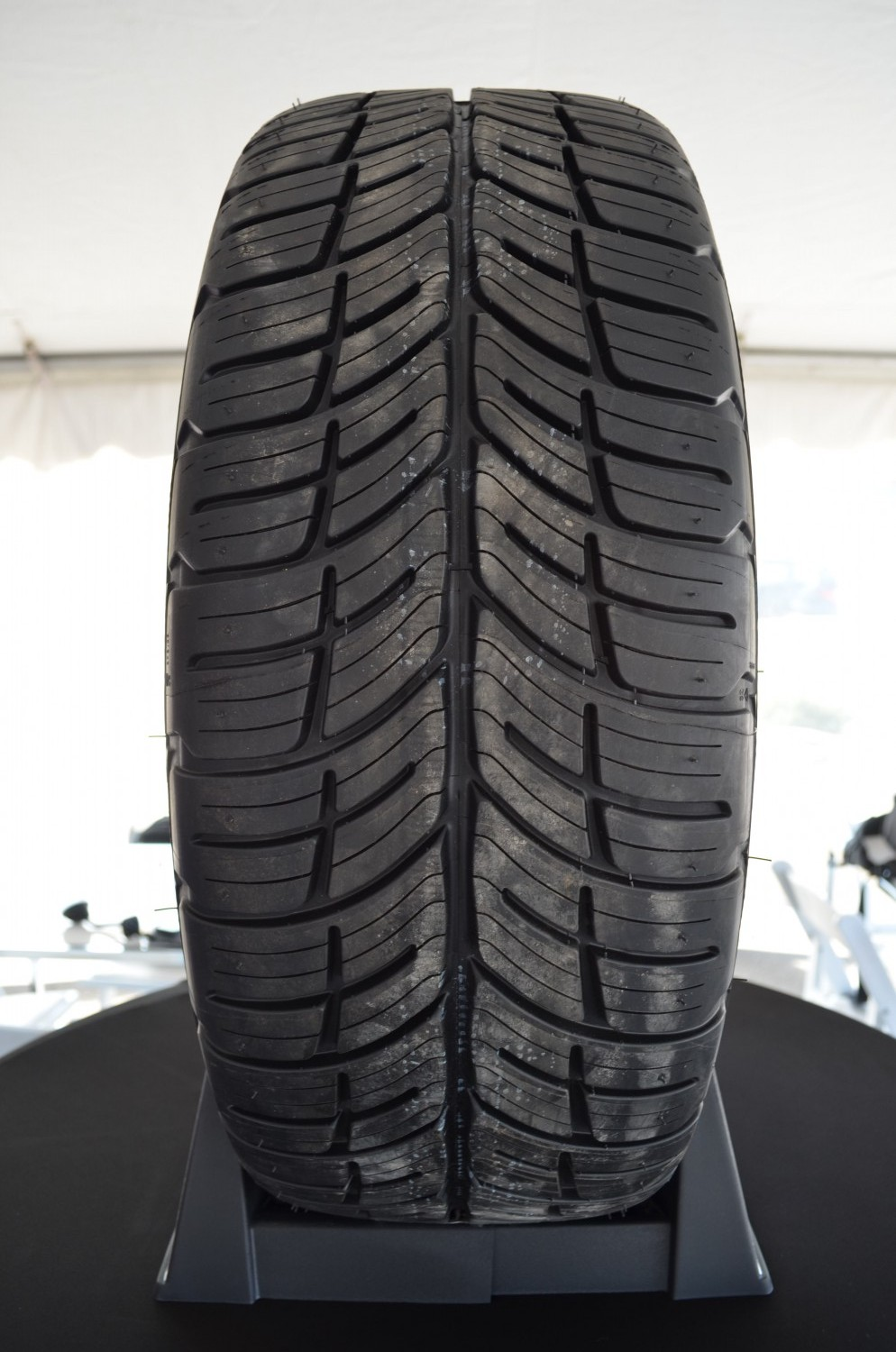 Bfgoodrich G Force Comp 2 A S Review 187 Autoguide Com News