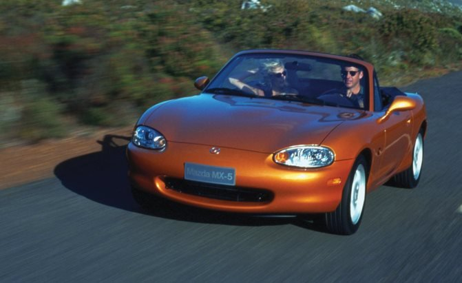 top 10 best mazda mx 5 miata models of all time. Black Bedroom Furniture Sets. Home Design Ideas