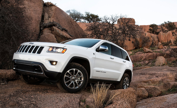 2014 jeep grand cherokee under investigation for braking issue. Black Bedroom Furniture Sets. Home Design Ideas