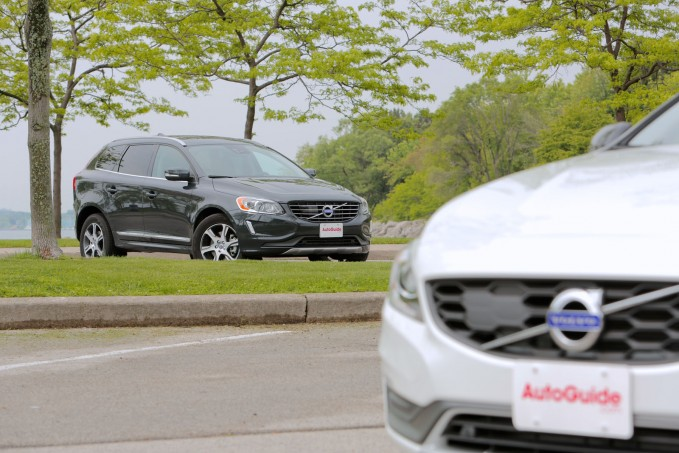 2015-Volvo-XC60-vs-2015-Volvo-V60-Cross-Country-04