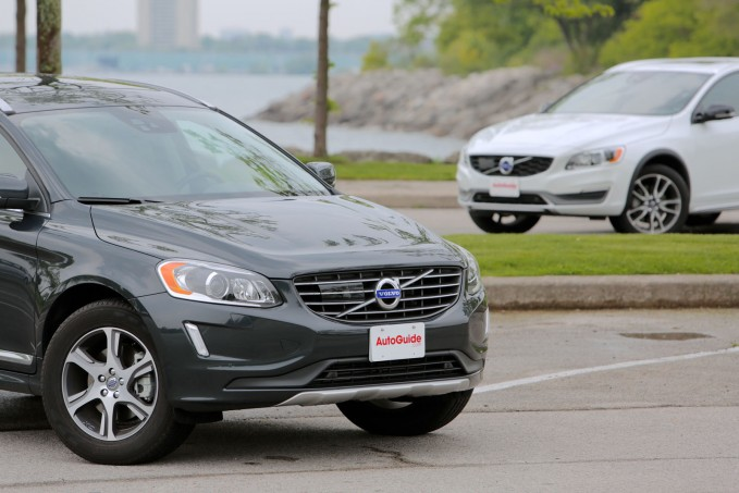 2015-Volvo-XC60-vs-2015-Volvo-V60-Cross-Country-05