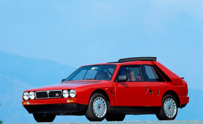 Top 10 Best European Sports Cars of the '80s » AutoGuide.com News