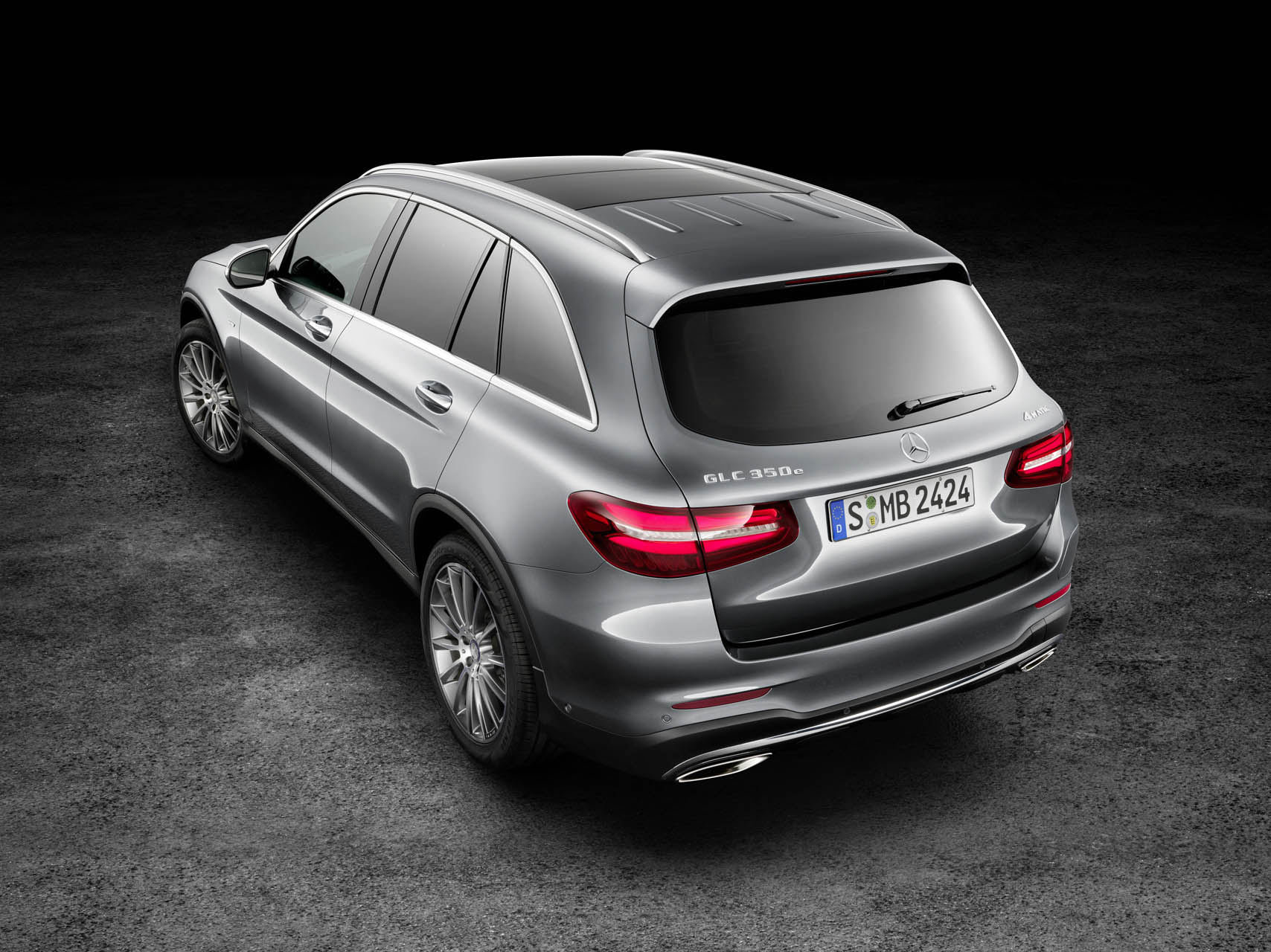 2016 mercedes benz glc 300 sheds boxy style gains new turbo engine news. Black Bedroom Furniture Sets. Home Design Ideas