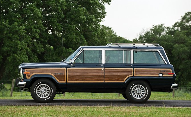 Jeep Grand Wagoneer Being Shown To Dealers This Summer