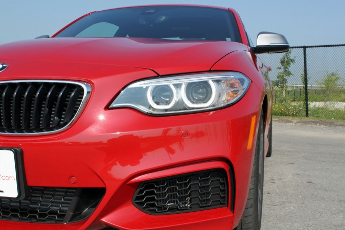 2015-BMW-M235i-xDrive-Review-headlights